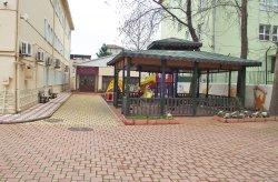 Um jardim de infância pré-fabricado foi estabelecido em Bursa pela Karmod